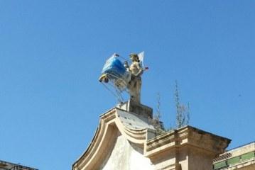 Che vergogna, vandalizzata la Fontana Nuova !