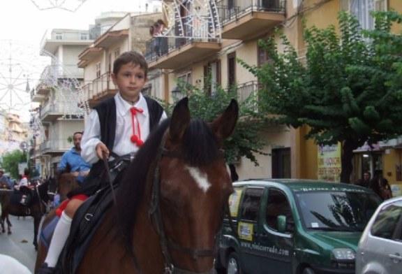 Oggi Sfilata di Cavalli: I Cavalieri dell'Emiro al Servizio di San Giusto