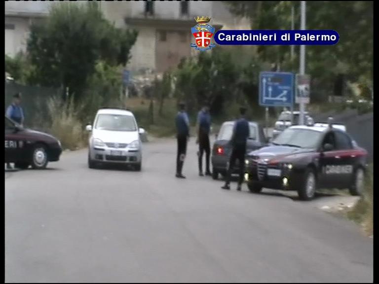 Estorsione tra giovani a Villafrati, arrestato un 22enne