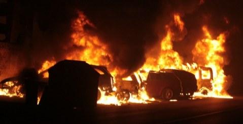 Belmonte Mezzagno: a fuoco autofficina, dodici vetture distrutte. Rogo doloso