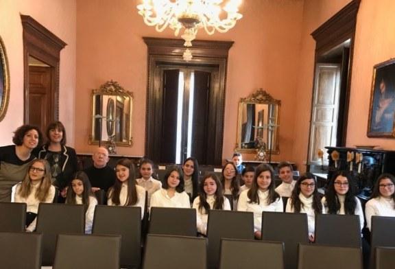 Dalla Shoah alle Foibe la Guastella canta e recita la memoria alla Prefettura di Palermo [Foto]