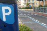 Retromarcia sulle strisce blu, pass gratuito ai residenti