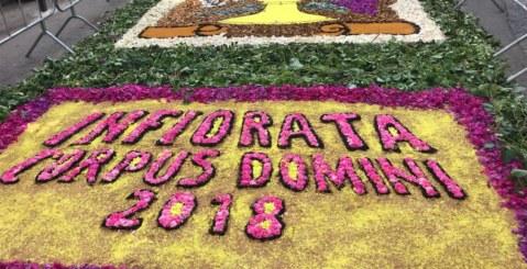 Grande successo per l'infiorata del Corpus Domini [Foto]