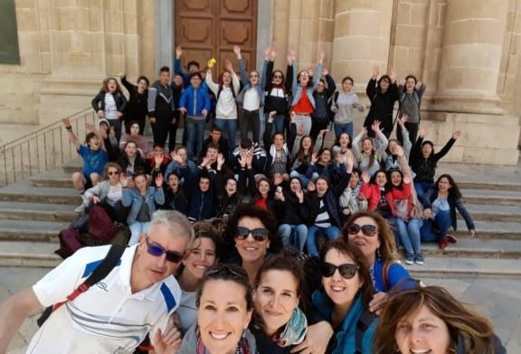 Scuola Guastella, Les Français chez-nous!!!!