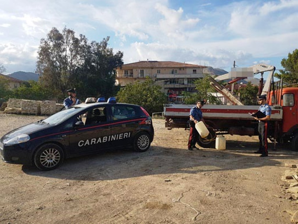 Misilmeri: sorpresi a rubare carburante, Carabinieri arrestano giovane coppia