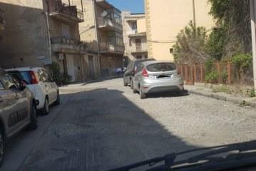 Da tre mesi strade scarificate senza asfalto, le proteste dei cittadini!!!