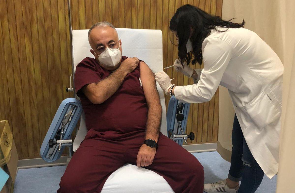 Vaccino Covid19, il Dott. Falletta è il primo medico vaccinato